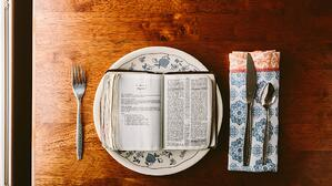 fasting-bible-on-plate-picture-id504603413 (1)